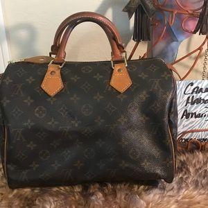 Louis Vuitton Speedy 30 Authentic (HAS FLAWS)